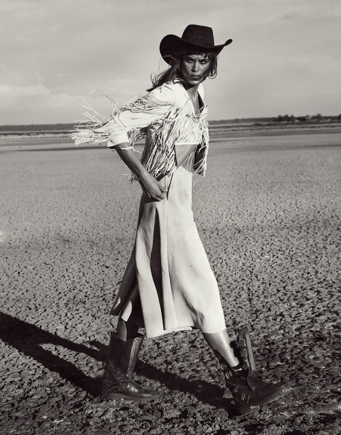 Western-Fashion-Model-Editorial07-800x1444.jpg