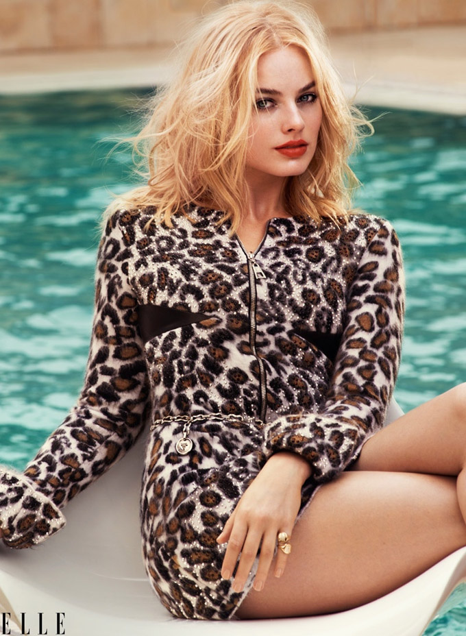Margot-Robbie-ELLE-August-2015-Cover-Shoot01-800x1444.jpg