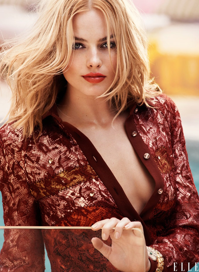 Margot-Robbie-ELLE-August-2015-Cover-Shoot04-800x1444.jpg