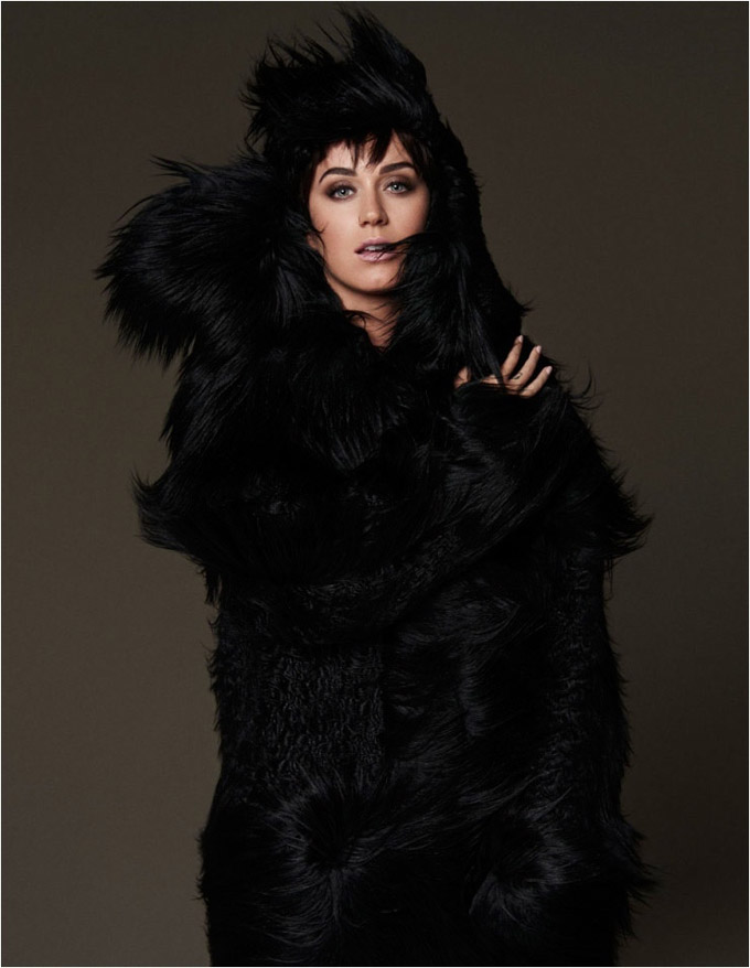 KatyPerryFashionVogue03-800x1444.jpg