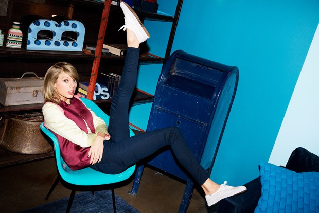 Taylor-Swift-Keds-Ladies-First-01-620x414.jpg