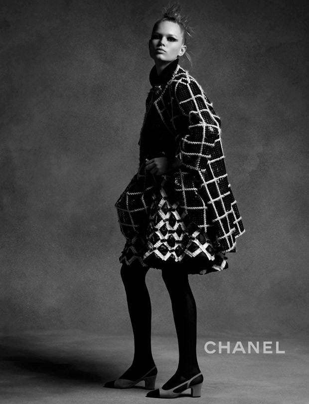Chanel-Fall-Winter-2015-Karl-Lagerfeld-02-620x810.jpg
