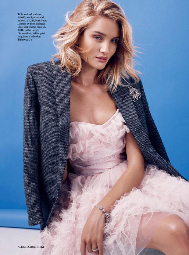 Rosie-Huntington-Whiteley-Bazaar-UK-05-620x836.jpg