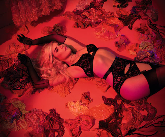 Paloma-Faith-Agent-Provocateur-Fall-2015-Campaign05.jpg
