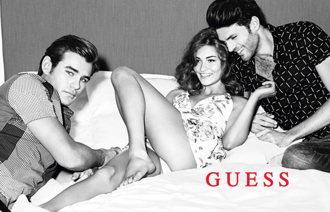 Guess-Fall-Winter-2015-Ad-Campaign01-800x1444.jpg