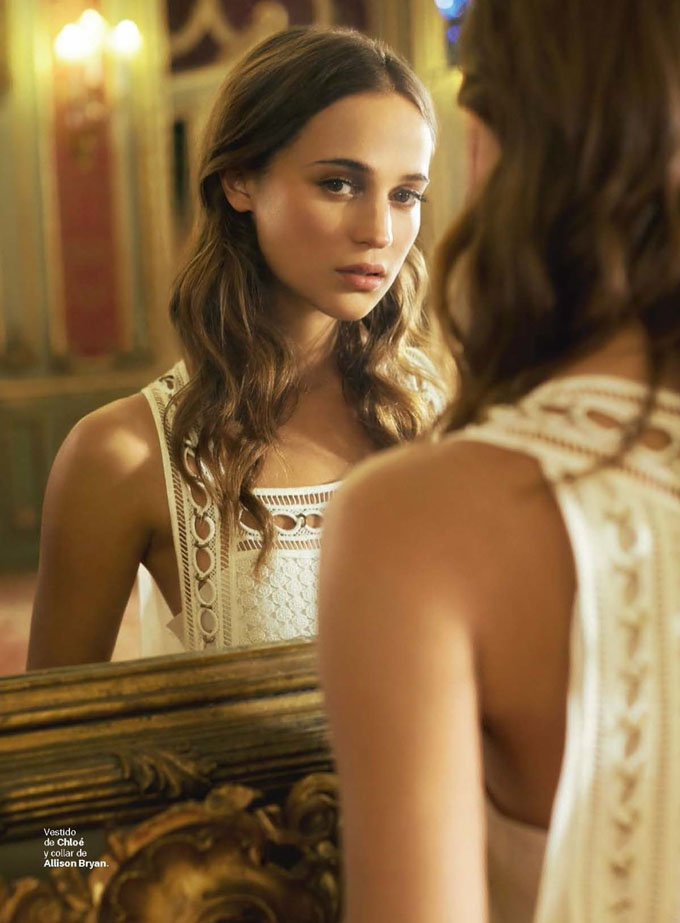 Alicia-Vikander-S-Moda-August-2015-Cover-Photoshoot01.jpg